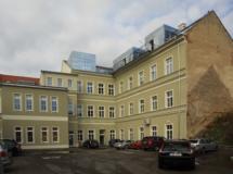 Přestavba na byty a ordinace Mikulov
