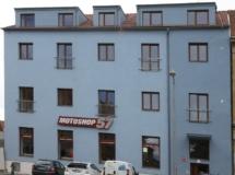 Rekonstrukce na byty a prodejnu Znojmo