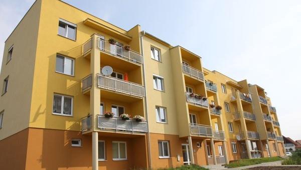 Pronájmy bytových a nebytových prostor